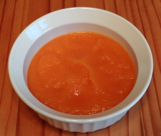 Baby food made with organic spaghetti squash, pear, and carrot puree.