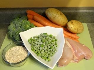 Organic chicken, potato, carrot, peas, broccoli, and quinoa.